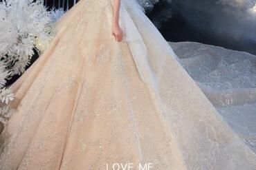 Váy cưới màu trắng đẹp vô cùng