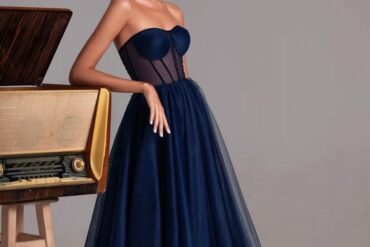 Nhìn lại những mẫu áo cưới hot nhất